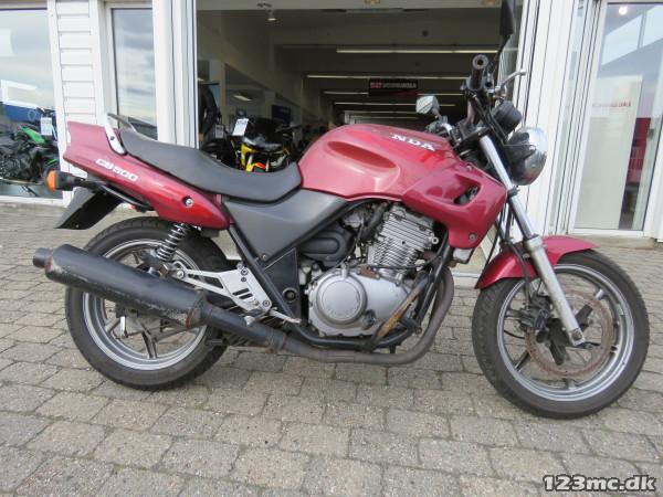 Honda CB 500 årg. 1996: Honda CB 500 - dba.dk - Køb og