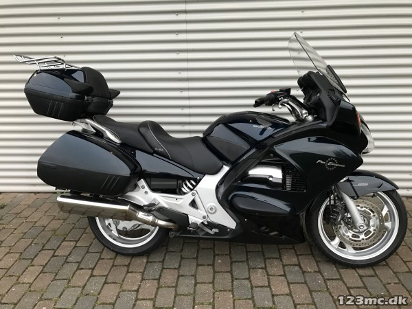 brugt honda st 1300 pan european 2003 til salg 123mc. Black Bedroom Furniture Sets. Home Design Ideas