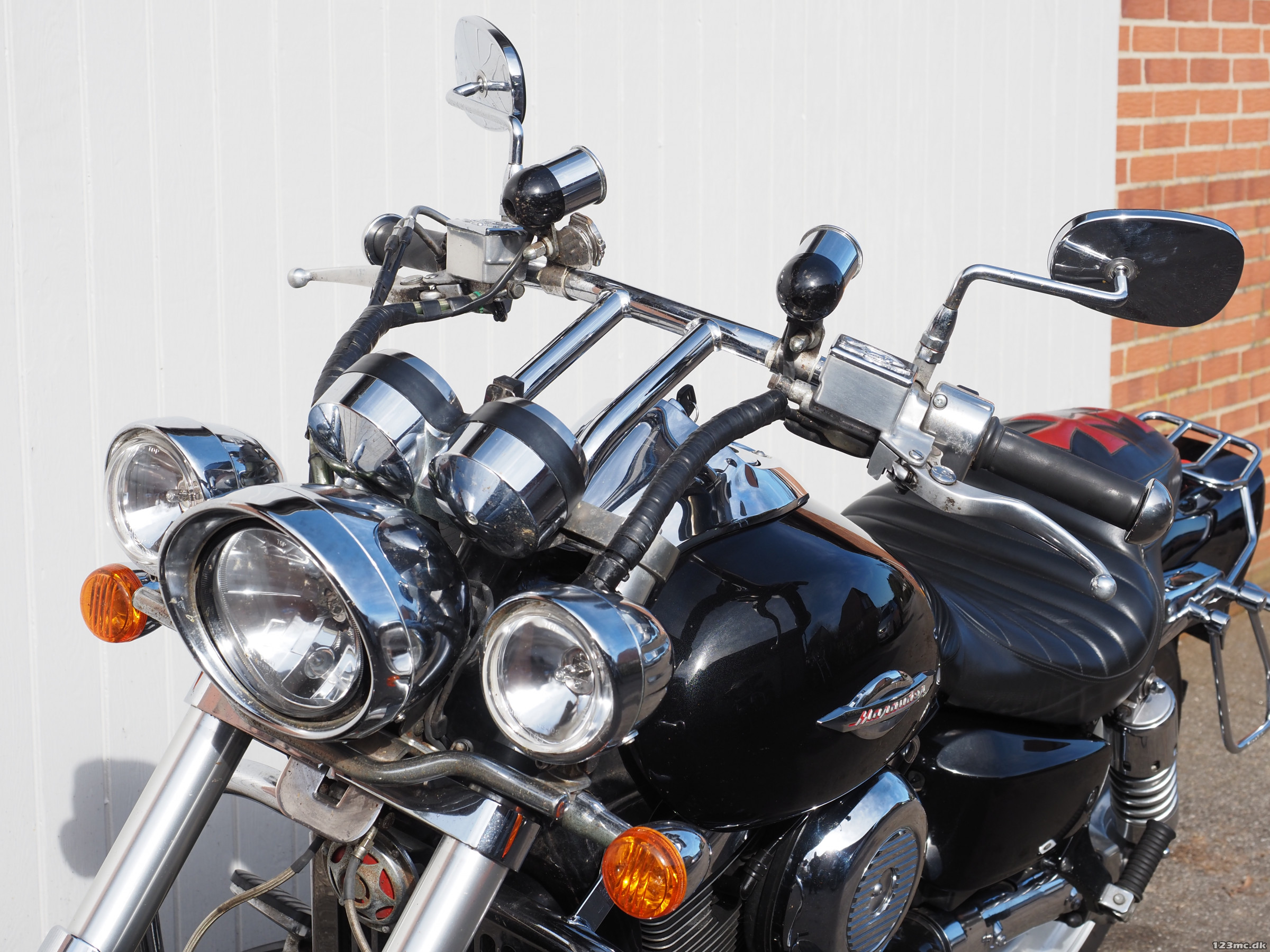 Suzuki VZ 1600 MARAUDER 2004 - Galerie moto - MOTOPLANETE