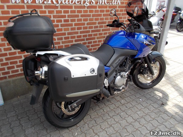 brugt suzuki dl 650 v strom rydbergs mc 6 m neders garanti 2006 til salg 123mc. Black Bedroom Furniture Sets. Home Design Ideas