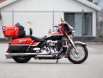 Harley-Davidson FLHTCUSE CVO Electra Glide Ultra Classic