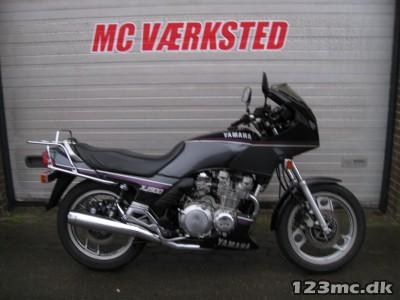 Yamaha XJ 900