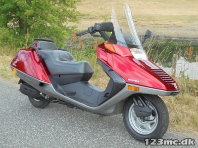 Honda CN 250 Helix