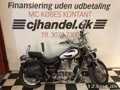 Suzuki VS 700 Intruder