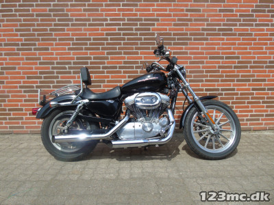 Harley-Davidson XLH883 Standard