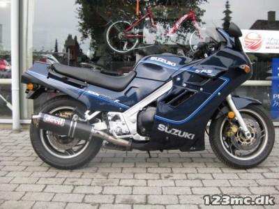Suzuki GSX 1100 F