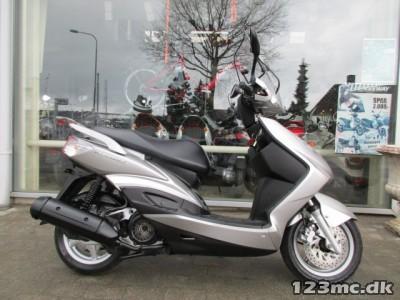 Yamaha Cygnus X