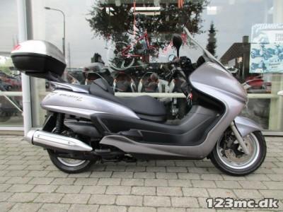 Yamaha YP 400